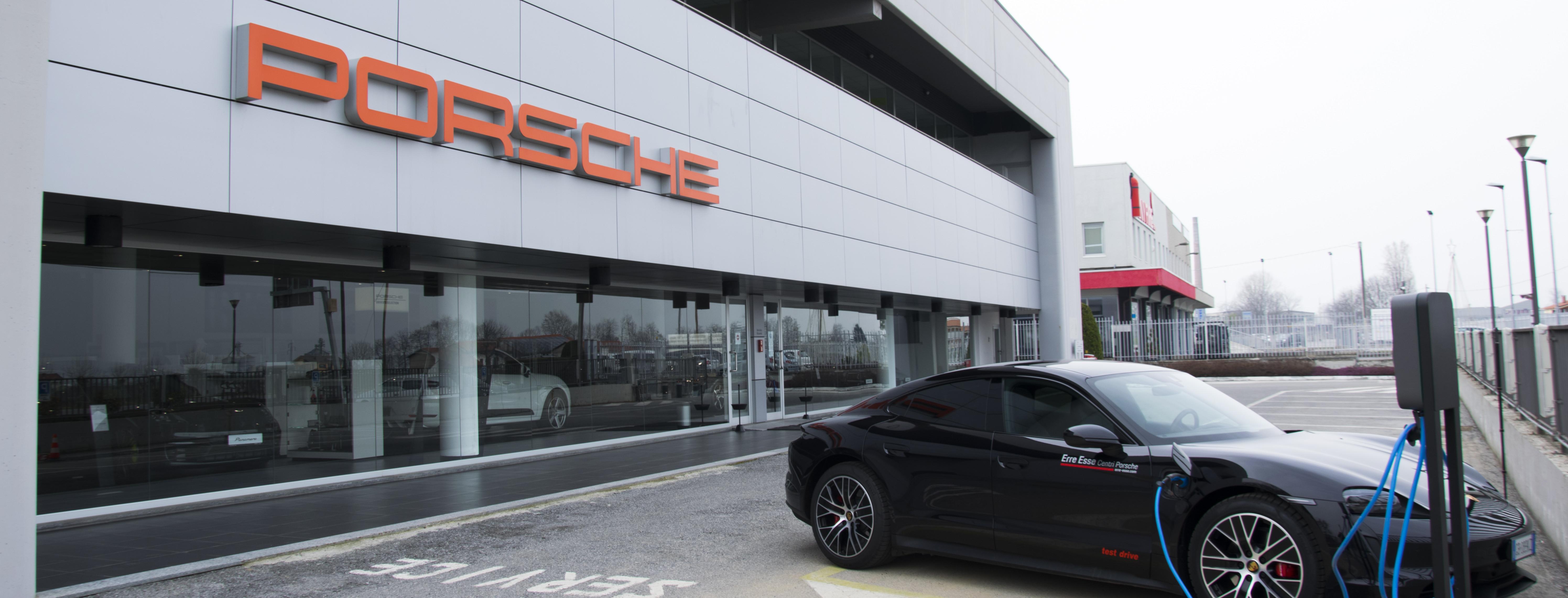 Centro Porsche Cuneo.