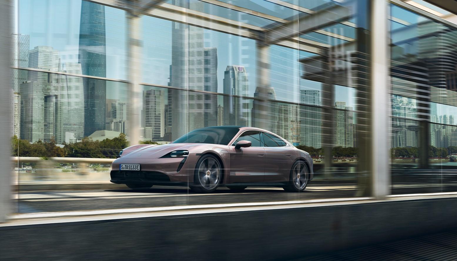 Nuova Porsche Taycan