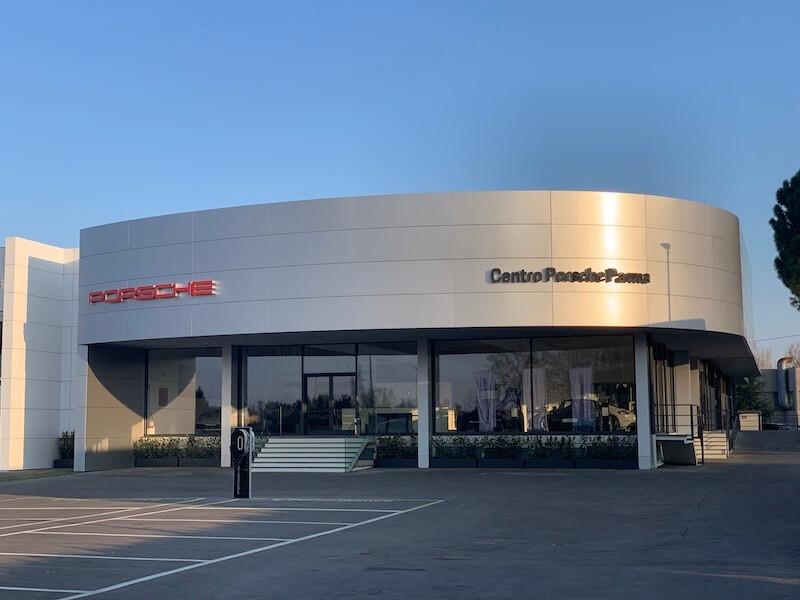 Il Centro Porsche Parma è aperto