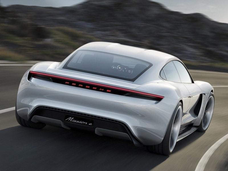 Performance, electrified. Porsche E-Performance.