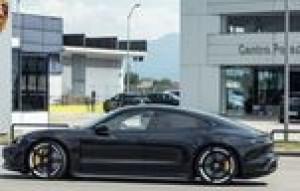 Nuova Porsche Taycan - 22.07.2020 Nuova Porsche Taycan - 22.07.2020 Test Drive Taycan: Soul, electrified