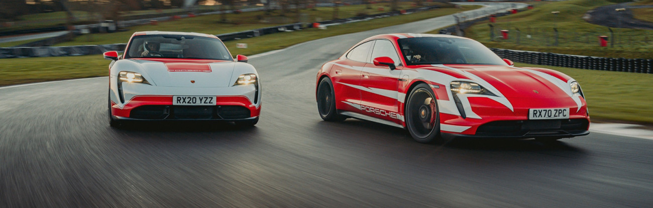 Porsche Taycan è da Oscar: 13 record tra le auto elettriche di oltre 1000 kg